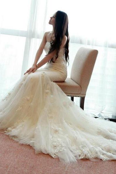 Wedding Dress, Lace Wedding Dress, Appliques Wedding Dress, Sweetheart Wedding Dress, Mermaid Wedding Dress, Wedding Dress with Train, White Wedding Dress, Custom Dress, Handmade Dress